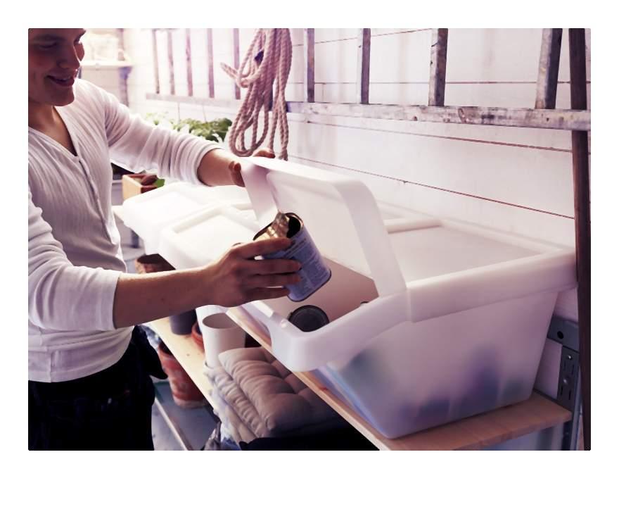 Jak łatwo i praktycznie segregować śmieci czyli jak urządzić własny system do segregacji w domu