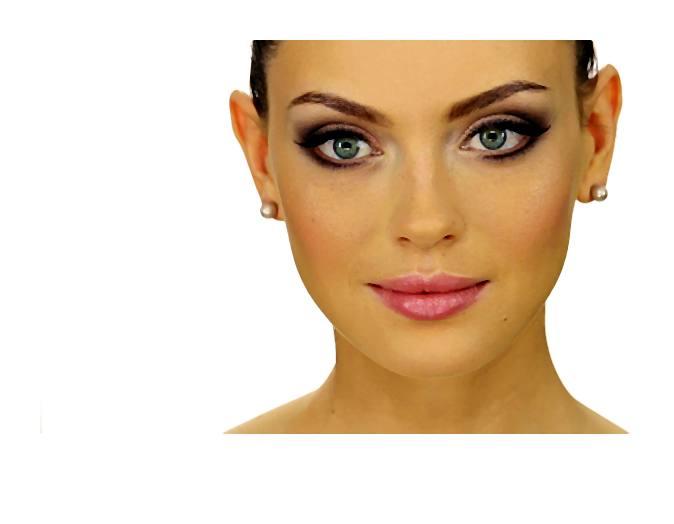 W makijażu ślubnym najważniejsze jest to, aby był on dopasowany do panny młodej