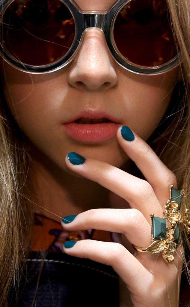 Manicure na wiosnę ¨C 7 najmodniejszych trendów