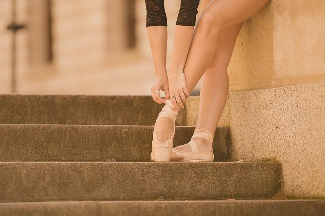Haluksy i bolesne konsekwencje źle dobranego obuwia