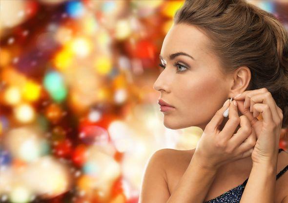 Bądź gwiazdą w te Święta – rozświetlająca terapia Linerase