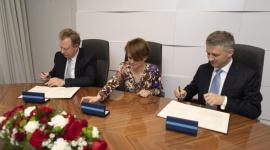 Ministerstwo Przedsiębiorczości i Technologii – umowa o strategicznej współpracy BIZNES, Farmacja - Ministerstwo Przedsiębiorczości i Technologii oraz Roche – globalny pionier w dziedzinie biotechnologii – podpisały umowę o strategicznej współpracy w dziedzinie nowych technologii.