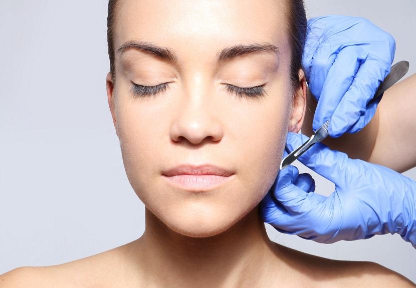 Plastyka uszu i nosa – jak wyglądają zabiegi medycyny estetycznej?